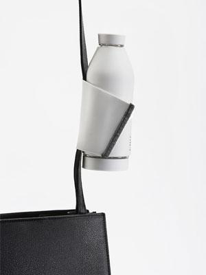 キャプション:シンプルでウェアラブルなマイボトル Closca Design S.L.